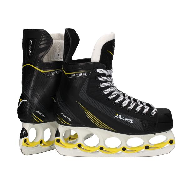 CCM Tacks 2052 SR ice skates with t-blade